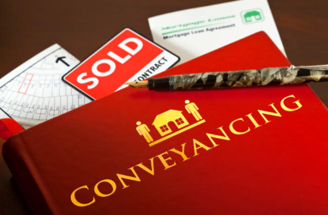 Benefits of Conveyancing Solicitors When Purchasing a New Home